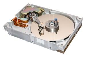 Odzyskiwanie danych z kart pamięci darmowe programy a może lepiej doświadczony serwis.